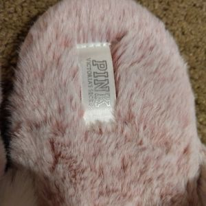 Victoria's secret crossover faux fur slippers